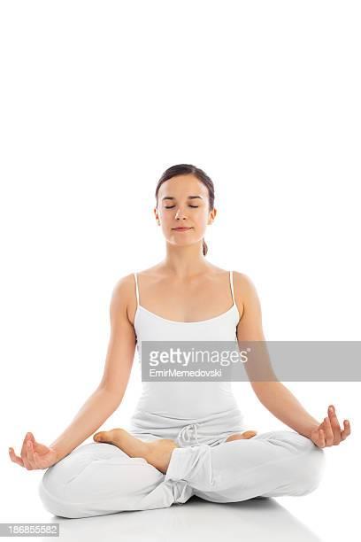 Junge Frau Ausübung yoga