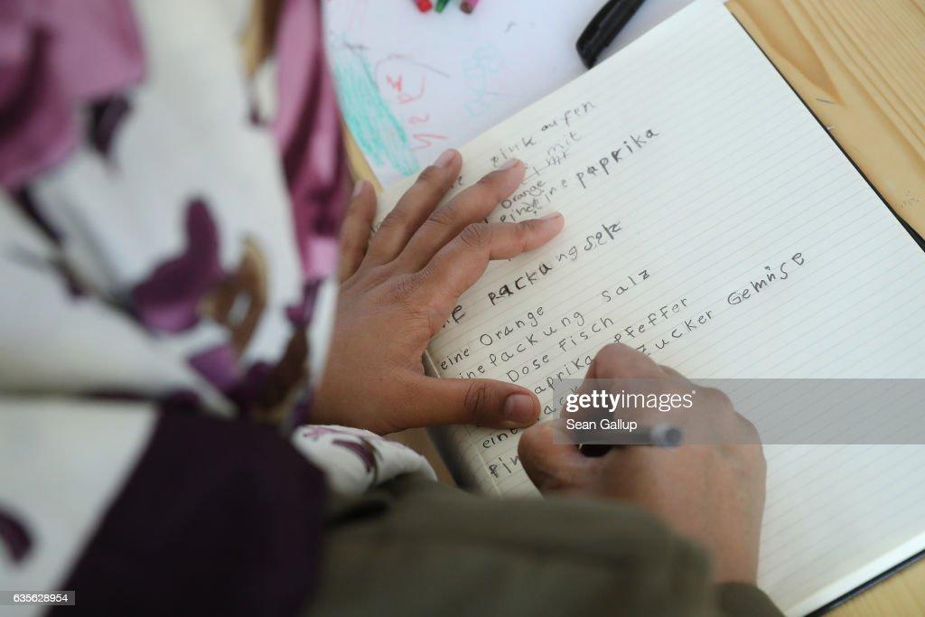 """Digital Empowerment"" Project For Refugee Women : News Photo"
