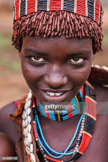young woman from hamer tribe, southern ethiopia - hamer tribe stock pictures, royalty-free photos & images