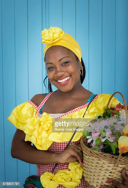 young woman in a traditional cuban dress - femme antillaise photos et images de collection