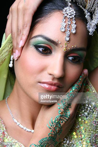 young woman in traditional indian dress and jewellery - indian bride stock photos and pictures