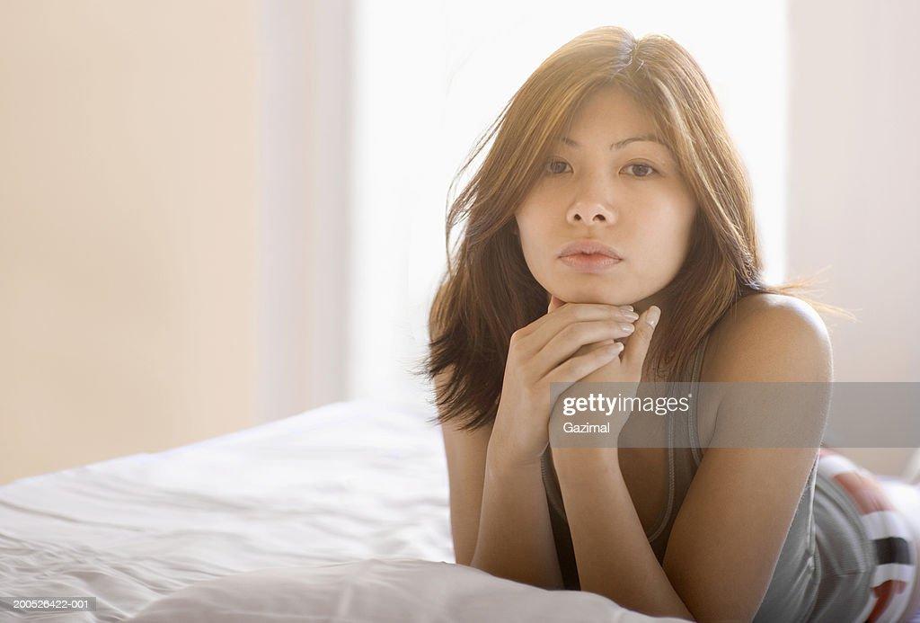 Indian Women Semi Nude Photos and Premium High Res