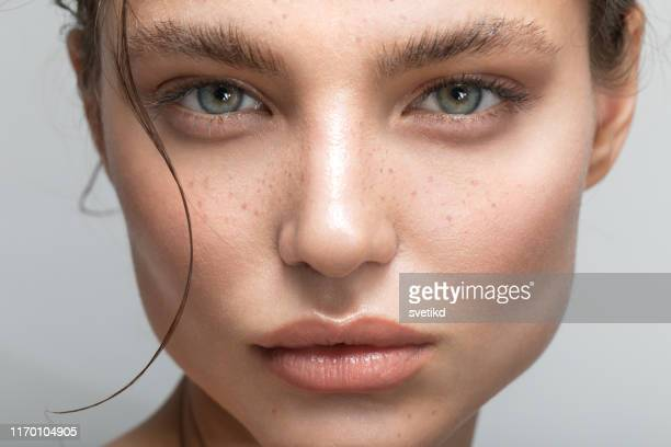 young woman portrait - eye make up stock pictures, royalty-free photos & images