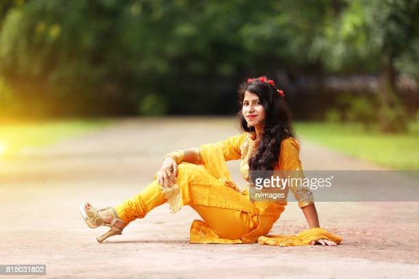 young woman portrait - salwar kameez stock pictures, royalty-free photos & images