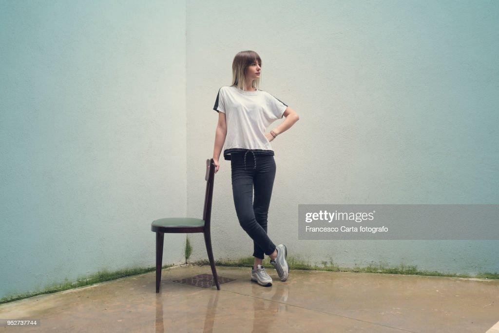 Young woman portrait : Photo