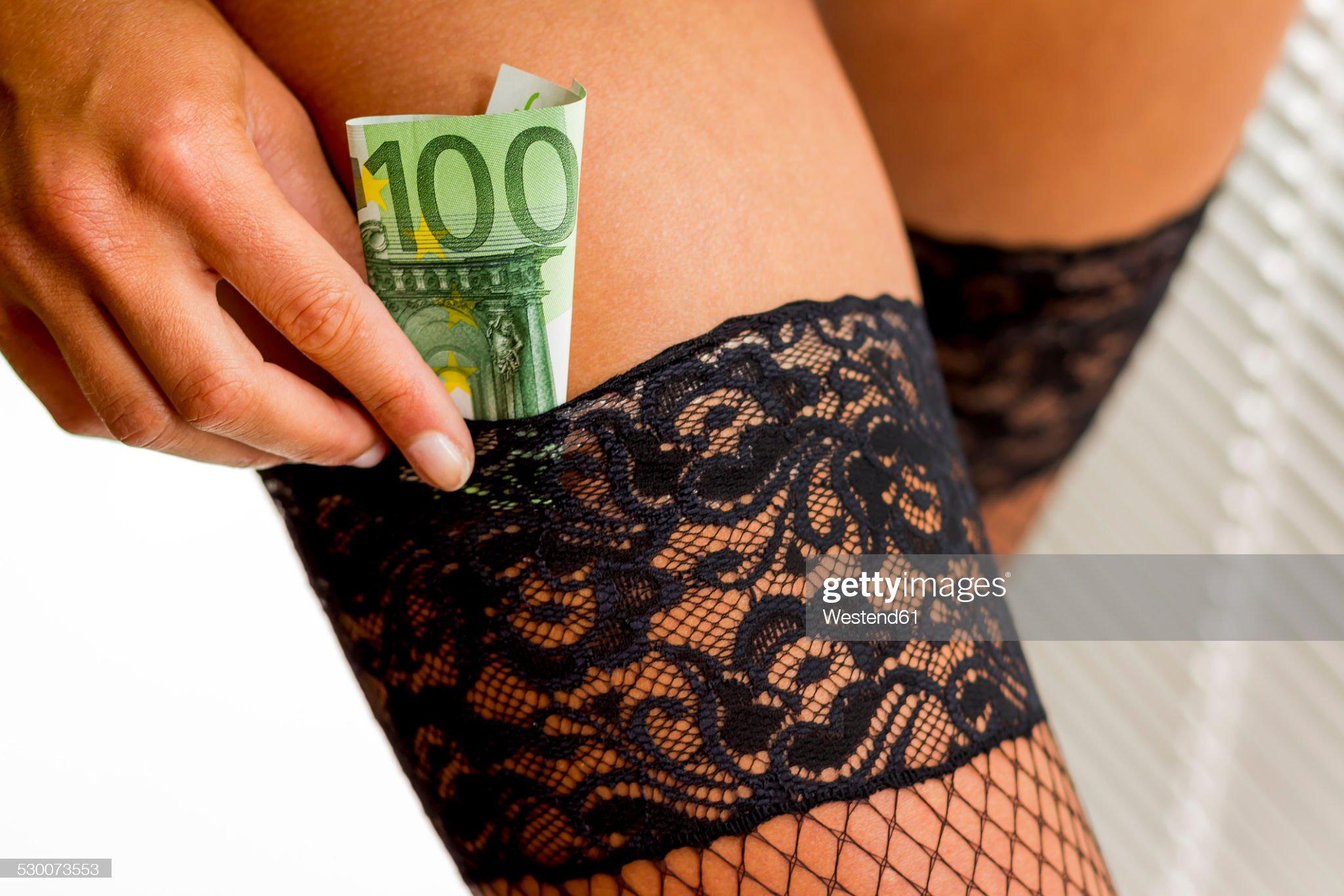 Sad je jasno : Hrvatsko će nebo čuvati netko drugi - Page 3 Young-woman-putting-euro-note-in-her-stocking-picture-id530073553?s=2048x2048