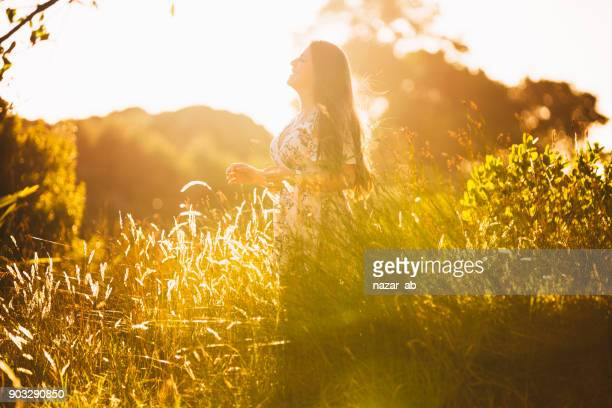 young woman with freedom concept. - spiritual enlightenment stock pictures, royalty-free photos & images