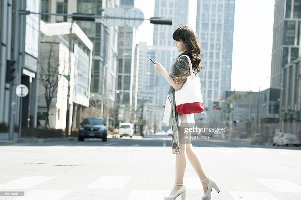 Young woman with shopping : Stock Photo