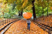 Sopa de chipirones Young-woman-with-umbrella-in-beautiful-autumn-park-picture-id535793910?b=1&k=6&m=535793910&s=170x170&h=vjlGIIzbO2E8WZS4rGxaMZTKStwcjZhCAvbWZprC9eM=
