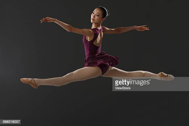 Young women dance ballet