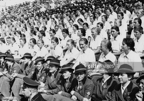 Young women of the RAD at the Nuremberg rally in September 1937 at Zeppelin Field in Nuremberg Photo Berliner Verlag / Archive