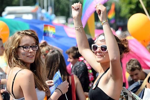 rencontre gay paris 14 à Nantes