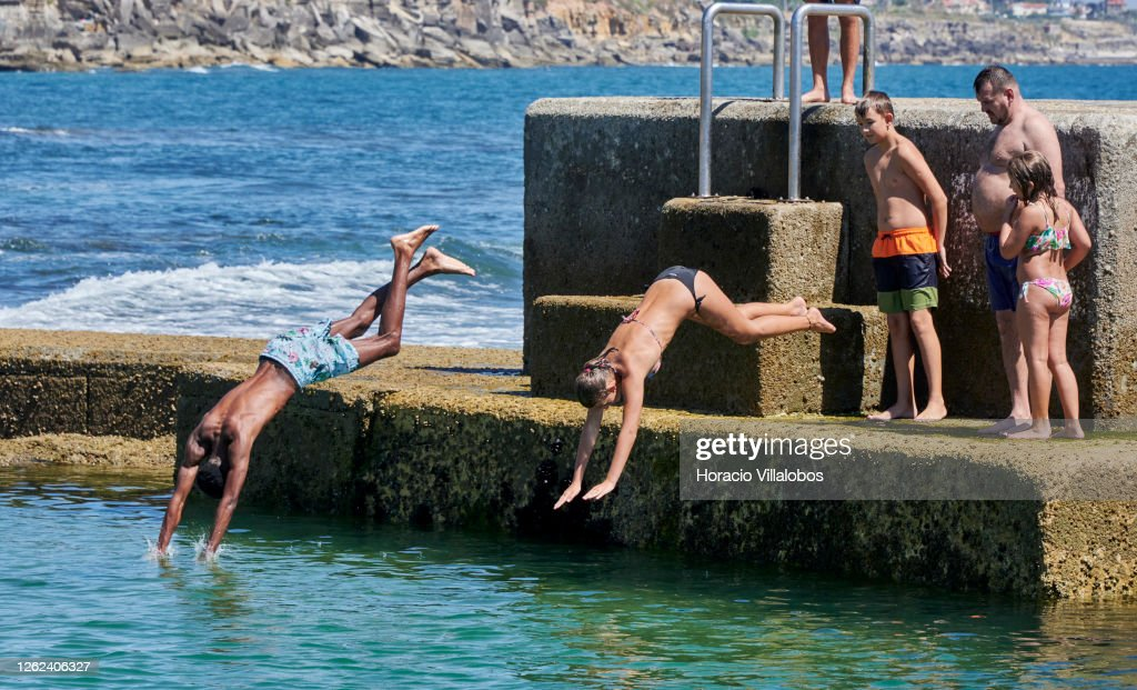 Tourism Slowly Returns To Portugal : News Photo
