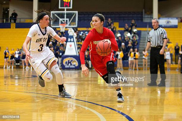 Youngstown State Penguins G Alison Smolinski drives to the basket against Kent State Golden Flashes G Larissa Lurken during the second quarter of the...