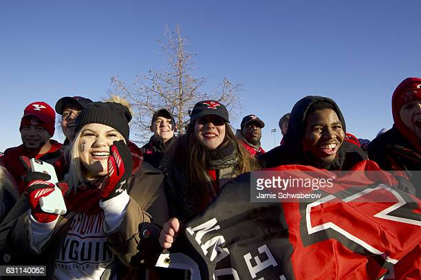 Youngstown State University arrives at the stadium prior to the Division I FCS Football Championship held at Toyota Stadium on January 7 2017 in...