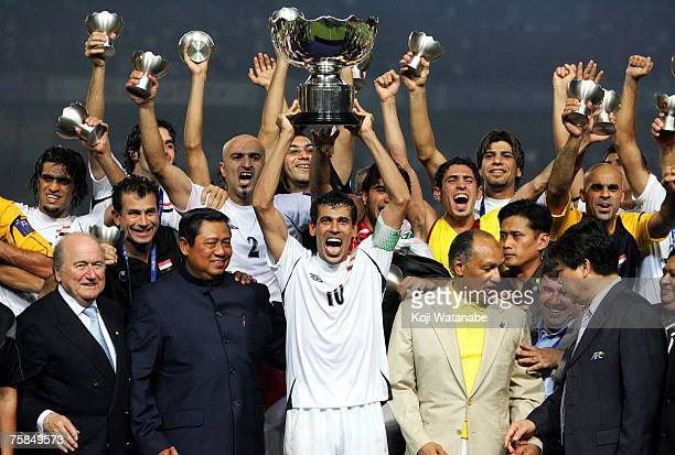 Younis Mahmoud of Iraq celebrates winning the AFC Asian Cup 2007 final against Saudi Arabia with his team mates, at Gelora Bung Karno Stadium july...