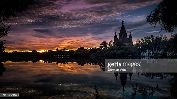 your best of the year - gran palacio peterhof fotografías e imágenes de stock