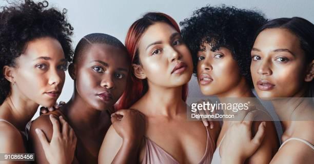 sua própria beleza é o melhor tipo de beleza - melanina - fotografias e filmes do acervo