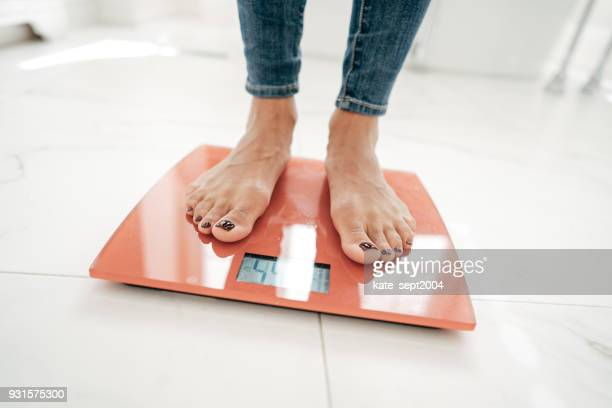 your weight goals - weight scale stock pictures, royalty-free photos & images