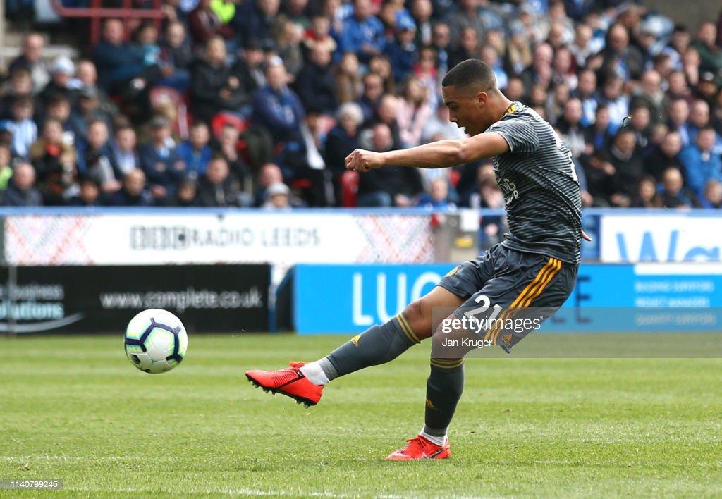 Huddersfield Town v Leicester City - Premier League : News Photo