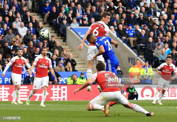 Youri Teilemans of Leicester City scores his team's first goal during the Premier League match between Leicester City and Arsenal FC at The King...