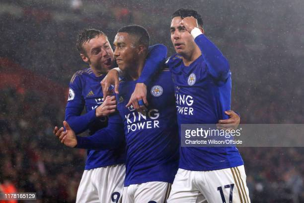 Youri Tielemans of Leicester celebrates scoring their 2nd goal with Jamie Vardy and Ayoze Perez during the Premier League match between Southampton...