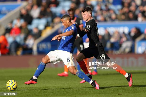 Youri Tielemans of Leicester City and Mason Mount of Chelsea during the Premier League match between Leicester City and Chelsea FC at The King Power...