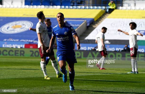 Youri Tielemans of Leicester City celebrates after scoring his sides first goal during the Premier League match between Leicester City and Arsenal at...