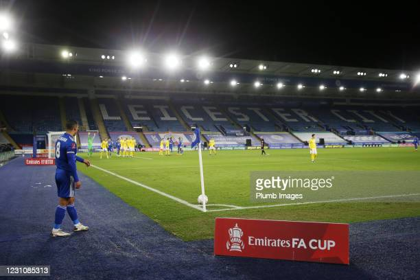 Youri Tielemans of Leicester City takes a corner during The Emirates FA Cup Fifth Round match between Leicester City and Brighton & Hove Albion at...