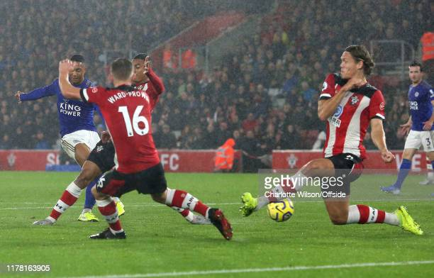 Youri Tielemans of Leicester scores their 2nd goal during the Premier League match between Southampton FC and Leicester City at St Mary's Stadium on...
