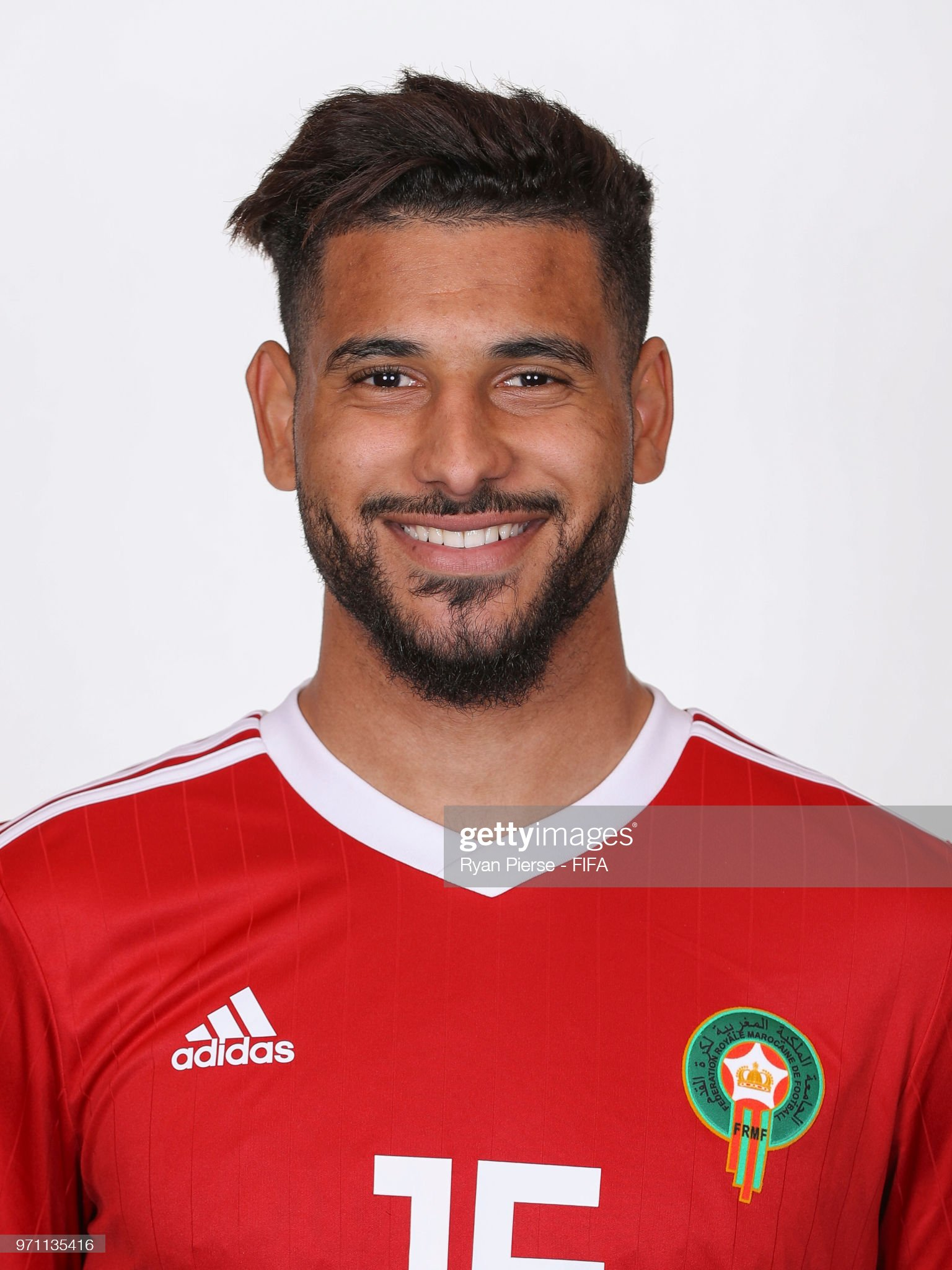 Norteafricanos Youssef-ait-bennasser-of-morocco-poses-during-the-official-fifa-world-picture-id971135416?s=2048x2048