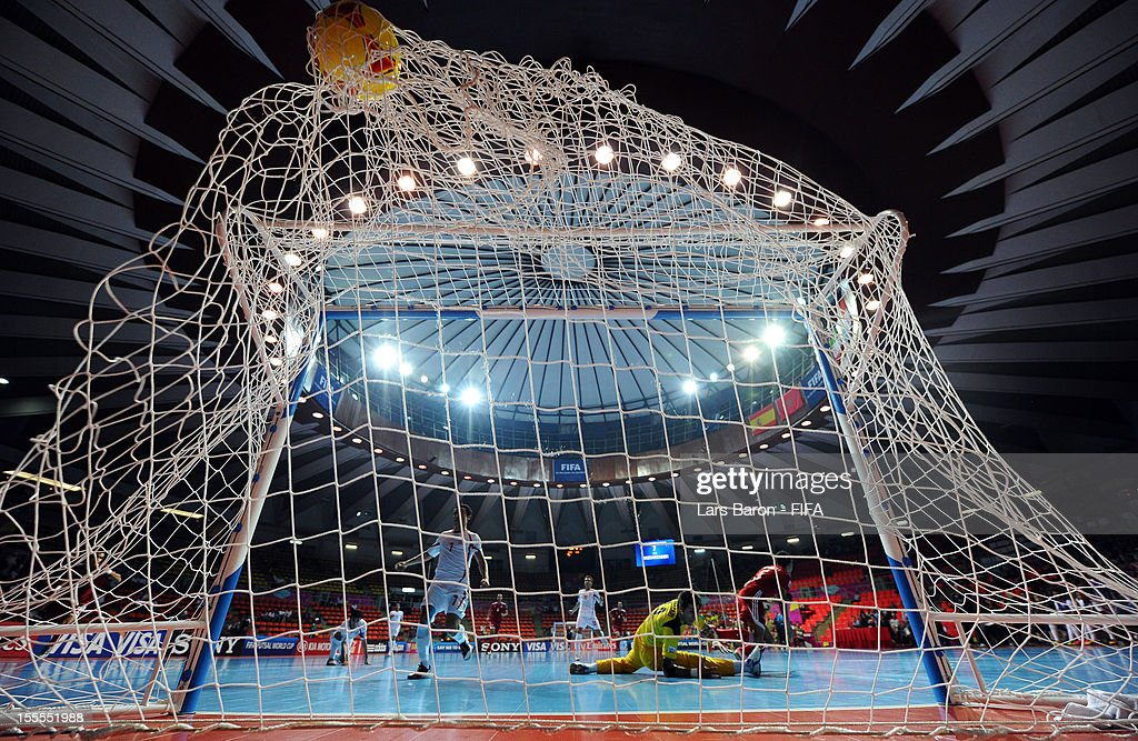 Morocco v Iran: Group B - FIFA Futsal World Cup Thailand 2012 : News Photo