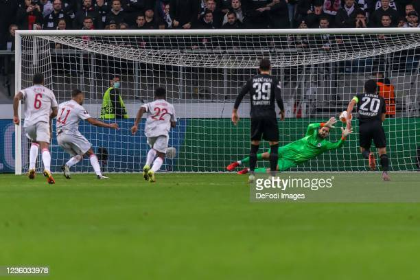 Youssef El-Arabi scores his team's first goal during the UEFA Europa League group D match between Eintracht Frankfurt and Olympiakos Piräus at...