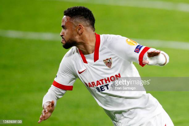Yousseff En-Nesyri of Sevilla FC celebrates after scoring his sides second goal during the UEFA Champions League Group E stage match between FC...