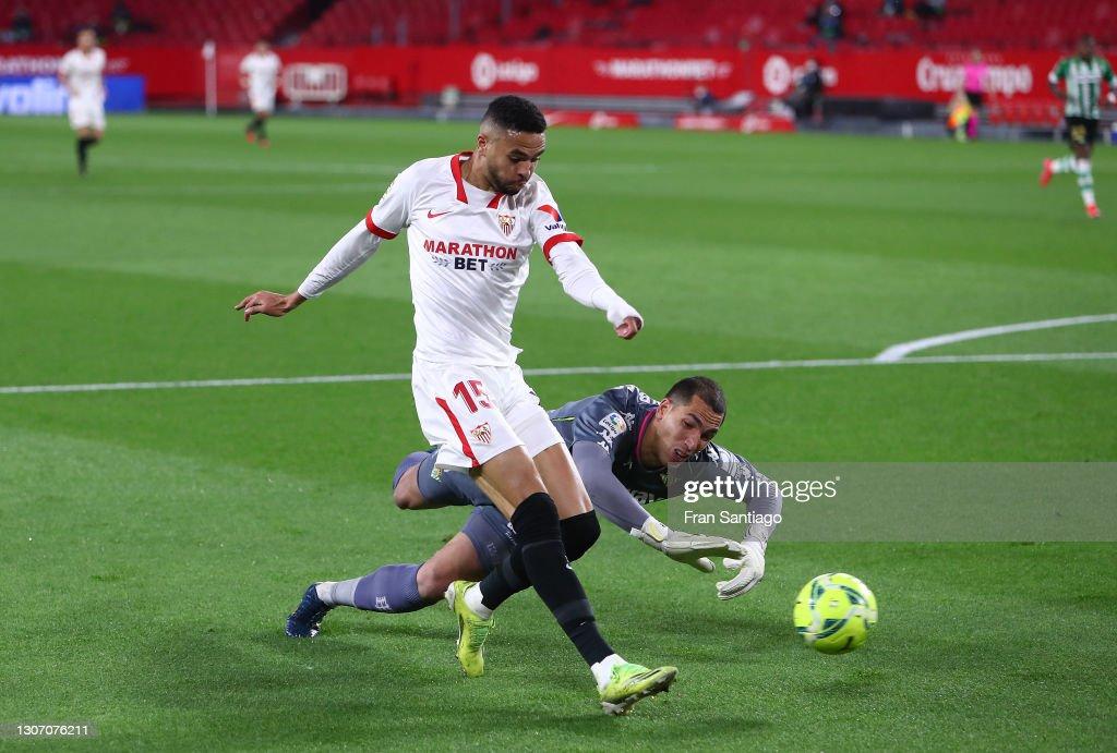 Sevilla FC v Real Betis - La Liga Santander : ニュース写真