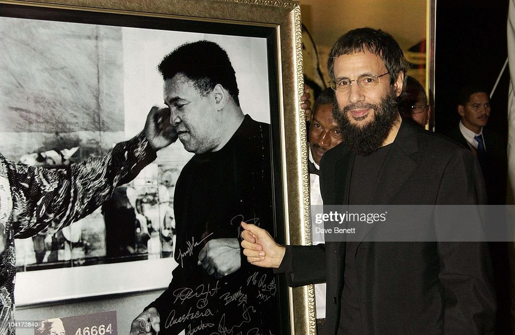 Yousuf Islam (cat Stevens), The Stars Of Rock And Roll Join Forces For Nelson Mandela's 46664 Concert In Cape Town, South Africa. In The Pre, Concert Build Up, This Evening A Gala Dinner Was Held At The Vergelegen Estate Outside Cape Town, South Africa Gears Up For Aids Awareness Mandela Concert 46664. The Concert Is In Association With Mtv's Staying Alive & Www.46664.com Powered By Tiscali.