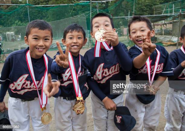Youth Baseball Players, Medal ceremony