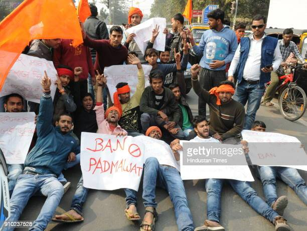 Youth demonstrated and blocked roads against film Padmavaat on January 25 2018 in Patna India Rajput groups hold a demonstration in many cities The...