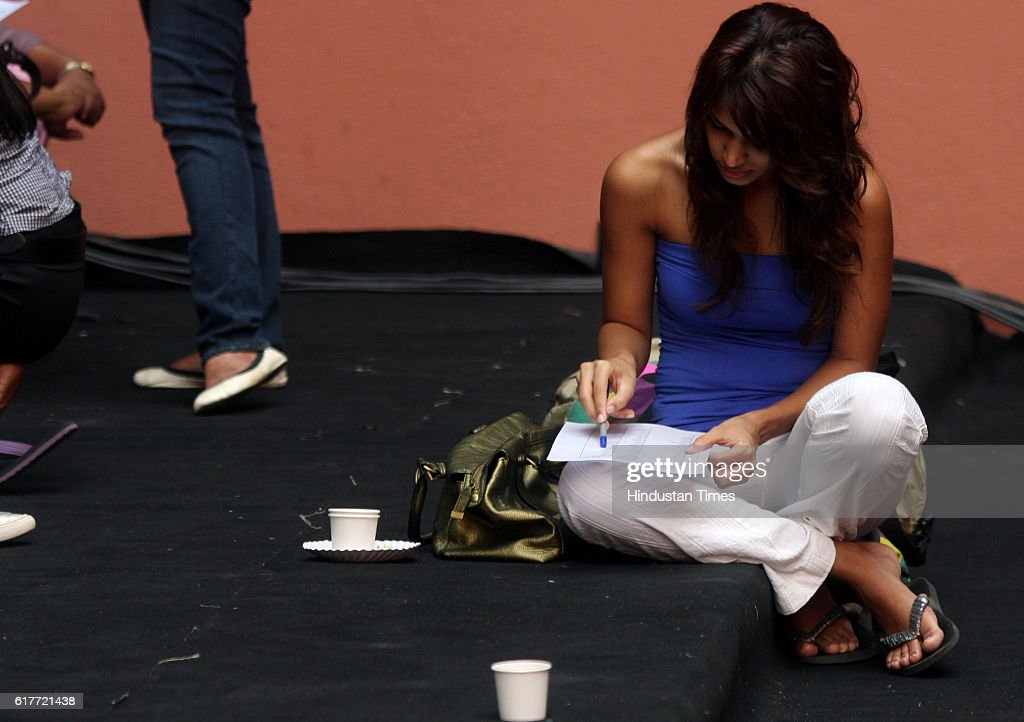 Youth Girls Fashion Show Preparation At Sophia College News Photo Getty Images