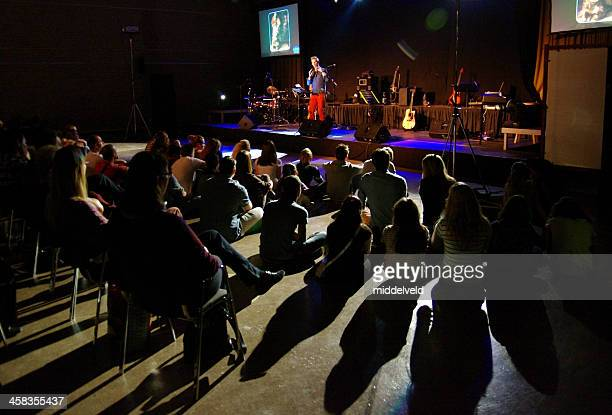 youth service in church - evangelicalism stock pictures, royalty-free photos & images