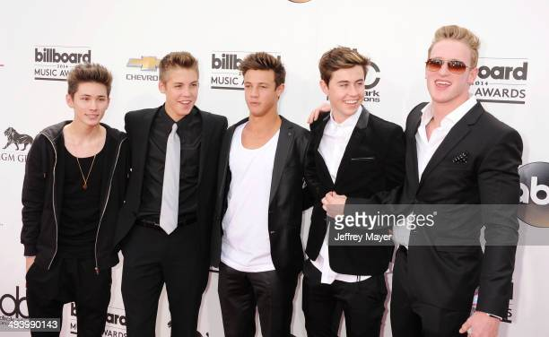 YouTube and Vine personalities Nash Grier Carter Reynolds Matthew Espinosa Cameron Dallas and Logan Paul arrive at the 2014 Billboard Music Awards at...