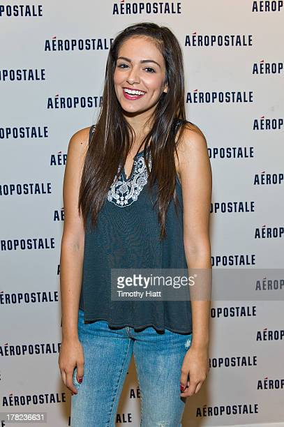 Bethany mota chicago stock photos and pictures getty images youtube celebrity bethany macbarbie07 mota attends an exclusive meet greet at the woodfield mall m4hsunfo