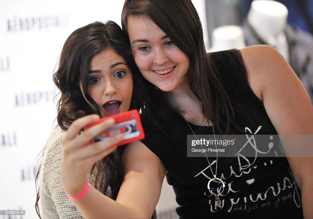 Youtube celebrity bethany macbarbie07 mota hosts exclusive meet aeropostale welcomes youtube celebrity bethany macbarbie07 mota at exclusive meet greet news m4hsunfo