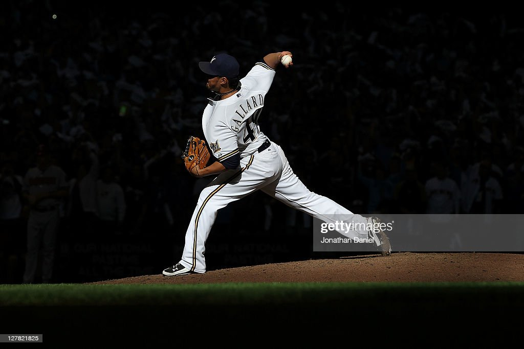 Arizona Diamondbacks v Milwaukee Brewers - Game 1 : News Photo