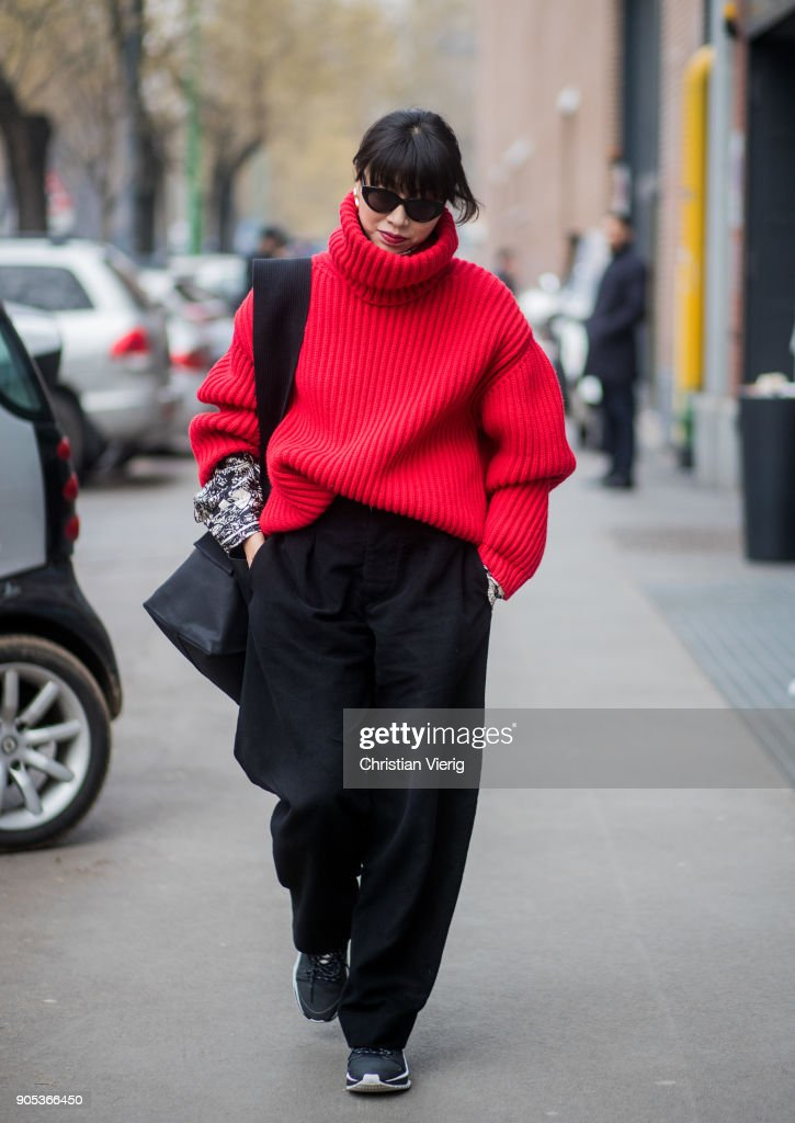 Street Style: January 15 - Milan Men's Fashion Week Fall/Winter 2018/19 : Foto jornalística