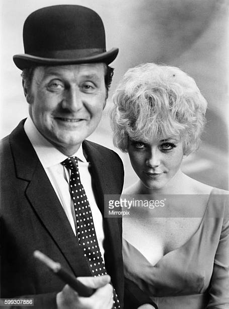 20 yr old Linda Thorson successor to Diana Rigg in the Avengers TV series seen here with Patrick McNee October 1967 P009889