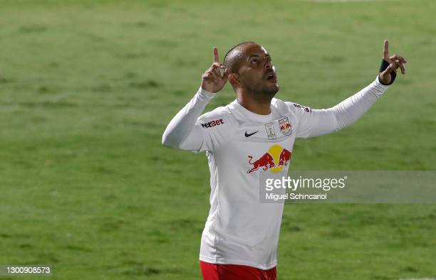 Ytalo of Red Bull Bragantino celebrates after scoring his team first goal during a match between Red Bull Bragantino and Flamengo as part of...