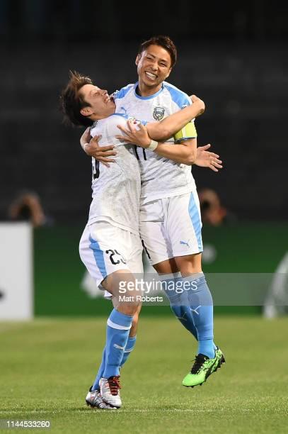 Yu Kobayashi of Kawasaki Frontale celebrates scoring a goal with Ao Tanaka during the AFC Champions League Group H match Kawasaki Frontale and Ulsan...