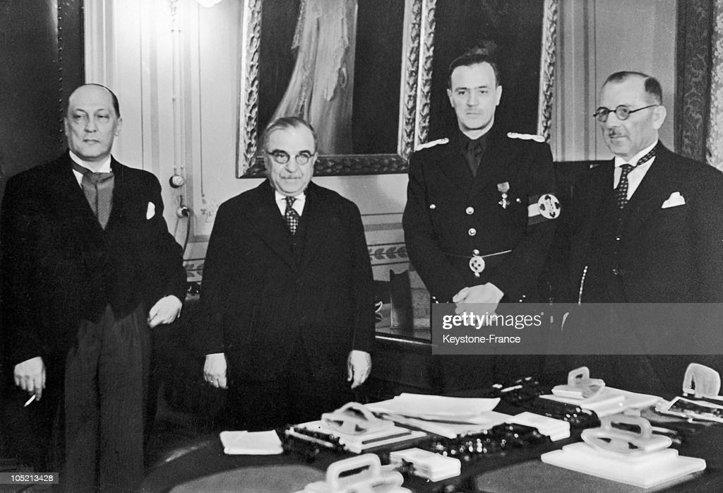 Conference Of The Balkanic Pact 1938-1942: Cinkar-Marcovich, Metaxas, Gafenco And Saradjoglu : News Photo