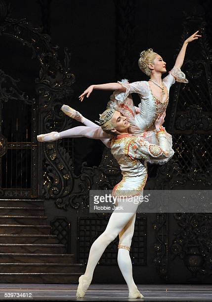 """Yuhui Choe and Sergei Polunin perform in the Royal Ballet's production of """"The Nutcracker,"""" choreographed by Peter Wright after Lev Ivanov, at the..."""